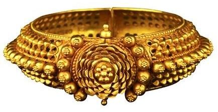 antique-gold-bangles