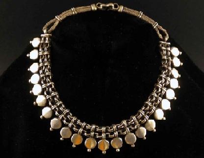 antique-silver-necklaces