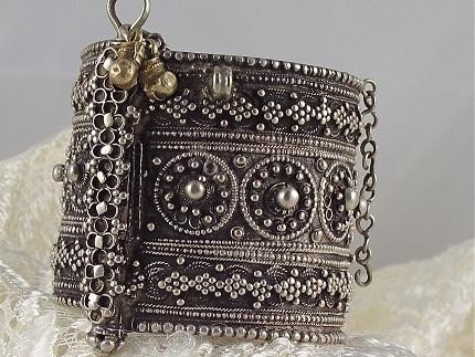 antique-oxidised-cuffs