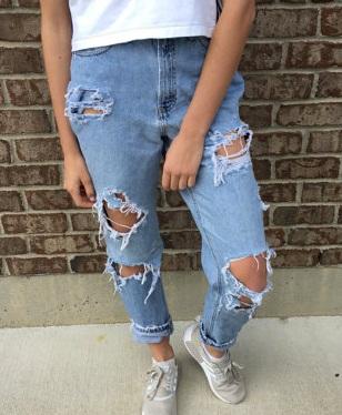 high-waist-distressed-jeans12
