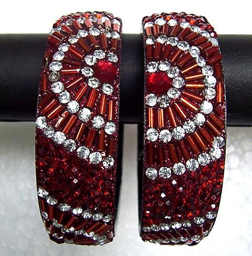 gemstone-embossed-plastic-bangles8
