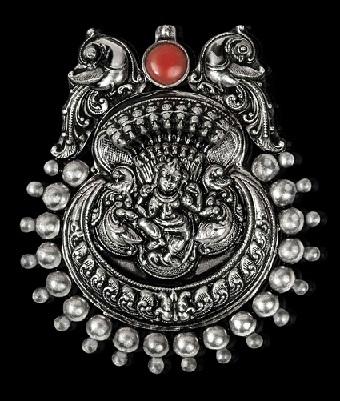 temple-silver-jewellery-pendant